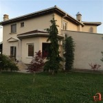 Beautiful house with a large yard Volkovo