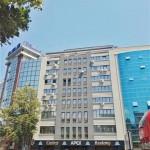 Се издава празен стан за деловен простор 54м2, Центар